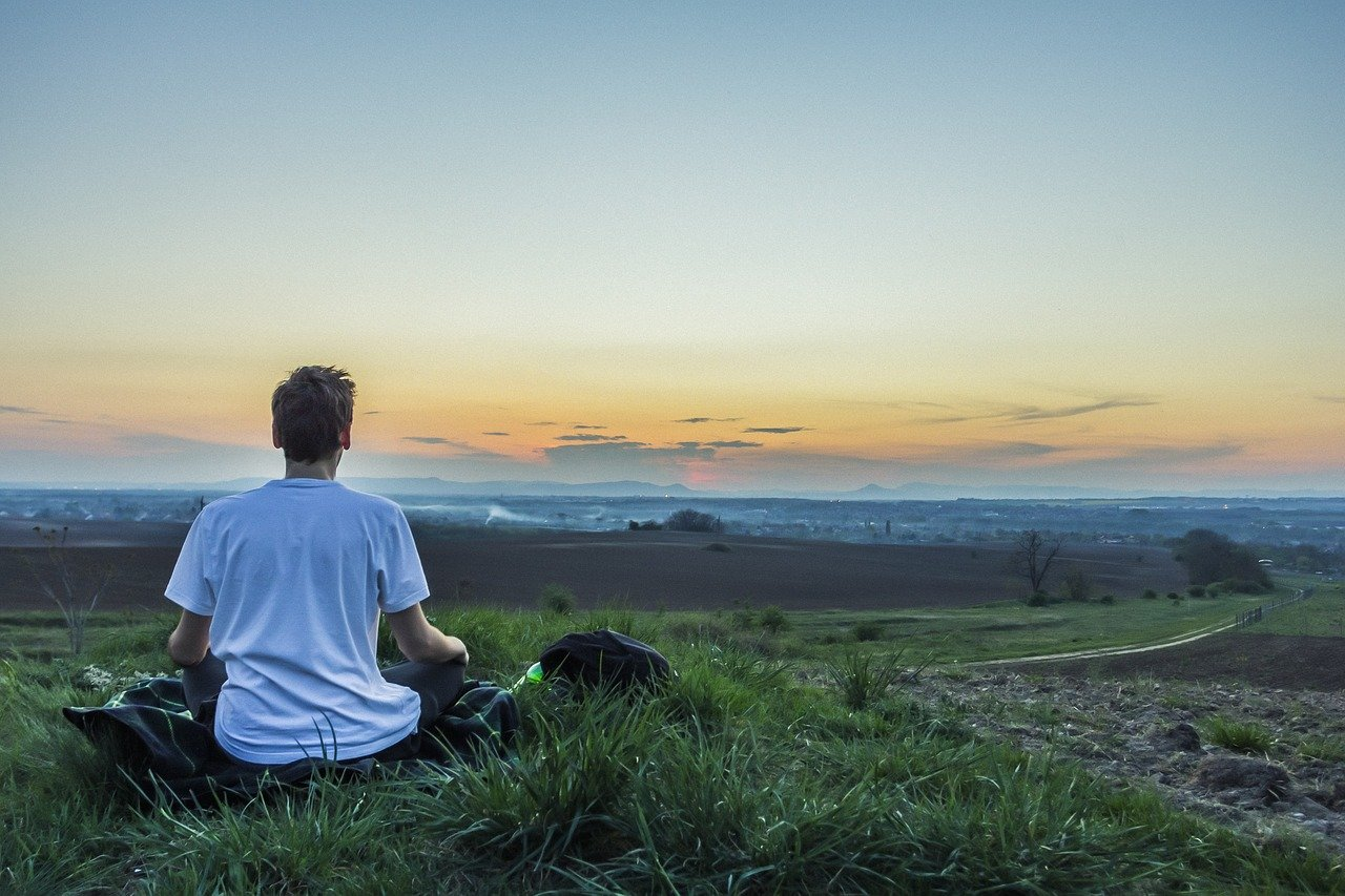 méditation avec casque de relaxation